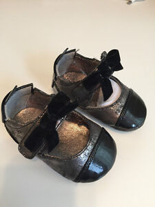 Cole Haan Pewter & Black Patent Infant Mary-JAne Girl's Ballet S