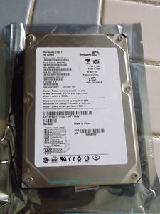 "Selling three 40GB 3.5"" IDE Hard Drives"