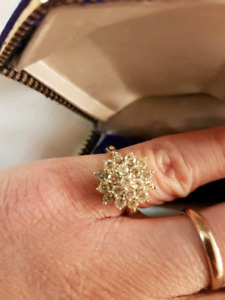 14k solid gold and diamonds ring and earrings