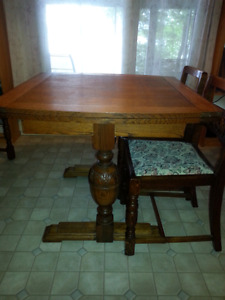 Oak Dining Table , Chairs and Buffet