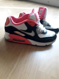 83fa92b6da72d 2 pair s of Nike air max trainer s