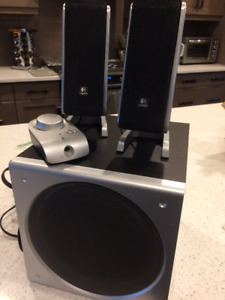 Logitech Speakers and Sub - Great condition