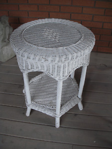 Wicker Table - in Tillsonburg