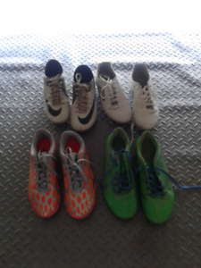 Girls Soccer Cleats/Shoes