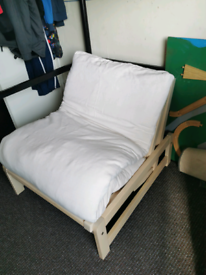 Futon chair pull out bed