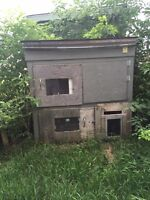 2 storey insulated cat house