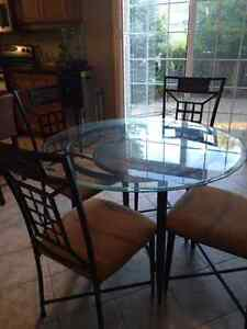 4 chairs and breakfast table from Ashleys Kitchener / Waterloo Kitchener Area image 3