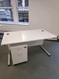 Office table whiteboard 6x small cupboard