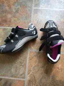 Woman road bike boots