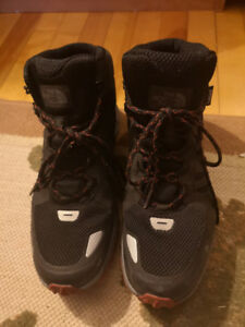 Men's 'The North Face' Winter Boots size 9.5