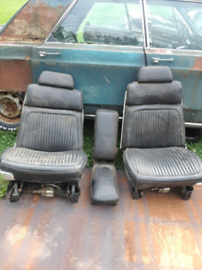 Power bucket seats for 65to 68 cbody