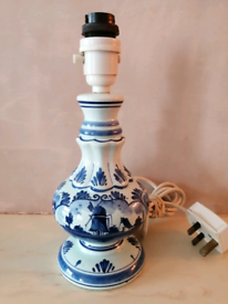 Vintage DELFT Holland Dutch Windmill Blue Pottery Electric Table Lamp