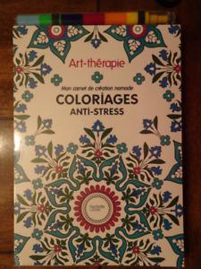 Livre coloriages anti-stress Art thérapie avec crayons couleur