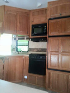 Sabre 32 ft Fitth wheel London Ontario image 3