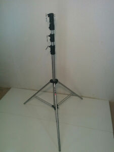 """Manfrotto Heavy Duty Light stand - 12'2"""" (3.10 meters)"""