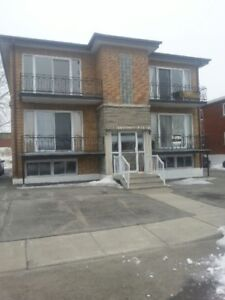 BEAU 4 1/2 AU 59 GAUTHIER,STE-THERESE,QC $ 720.00