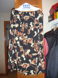Ladies two piece outfits Windsor Region Ontario image 4