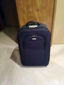 """Euro pack 26"""" rolling luggage."""