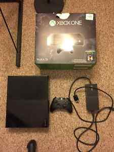 Used Xbox One (Controller, Box, Power Adapter) Peterborough Peterborough Area image 6