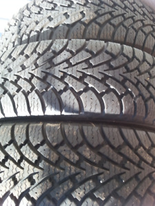 4 winter tires, used 1 season. Goodyear. P215/65R16. Grade 12/32