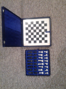 Chess Set (Marble) - Mint Condition