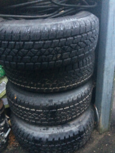 Arctic Claw winter tires 235/75 R15