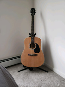 Gibson Maestro guitar and stand
