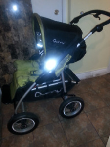Quinny 4xL stroller in new condition