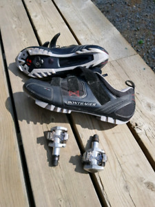 Bike shoes and pedals