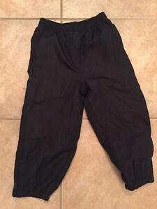 Black size 3t splash pants