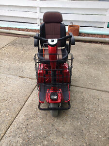 2003 Scooter - Fortress 1700