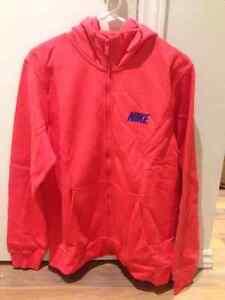 new nike pink hoodie/ Nouvelle veste nike rose