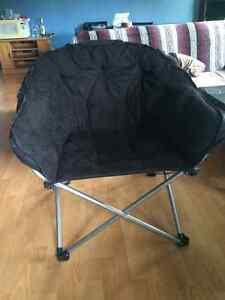 Cozy Black Chair Lightly Used