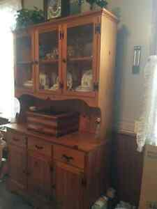 Handmade pine hutch Kawartha Lakes Peterborough Area image 1