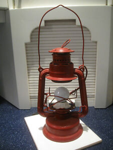 CHARMING OLD VINTAGE GSW QUALITY BEACON LANTERN..CONVERTED