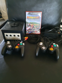 Sold Nintendo gamecube + Mario kart double dash