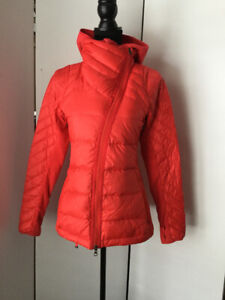 Lululemon What the Fluff Down Jacket Size 4