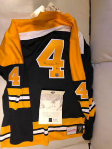 BOBBY ORR SIGNED MITCHELL AND NESS JERSEY
