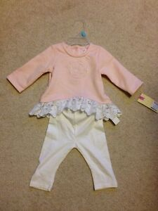 Girls 0-3 month outfit - new with tags