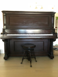 Piano Newby and Evans New York Parlor Grand à vendre 650$