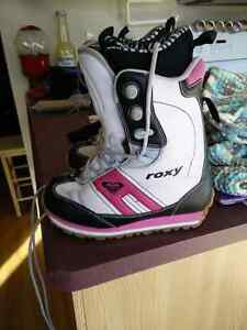 Roxy Snowboarding Boots Kitchener / Waterloo Kitchener Area image 2