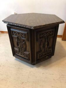Beautiful Vintage Table Set