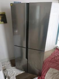 Good condition hisense 90cm american fridge freezer can deliver