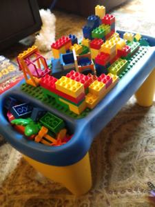 Lego Duplo set with preschool play table $80 OBO