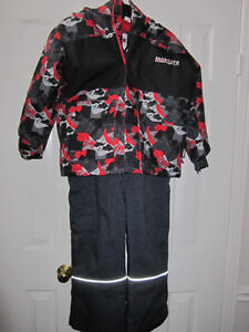 "Snowsuit, boys size 4, ""Monster"" BNWT:REDUCED"