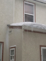 Rooftop snow removal services