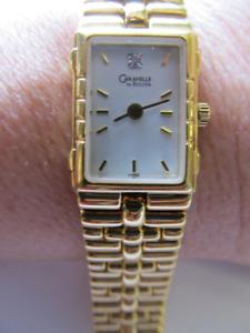 montre pour femme caravelle de bulova tres bonne condition