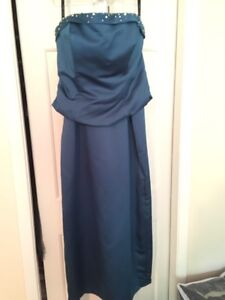 New condition Alfred Angelo formal dress sz 12-14