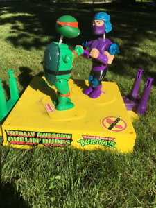 TMNT Duelin' Dudes Rock'em Sock'em Teenage Mutant Turtles