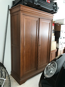 Cherry wood dresser, two nighttables and armoire